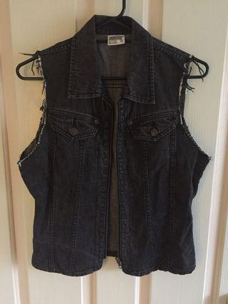 Jordache Black Grey Denim Biker Vest Jacket Distressed Size M 8-12 Vintage Retro