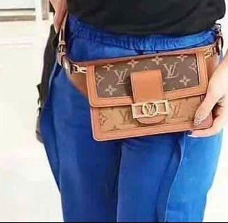 全新路易威登秀款女腰包LV Louis Vuitton Dauphine Belt Bag