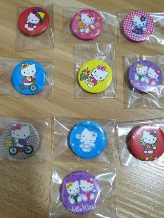 🚚 Hello Kitty Badges Pin