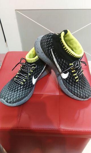 🚚 Nike flyknit 2 H20 REPEL襪套鞋