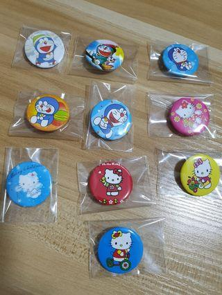 🚚 Doraemon & Kitty Badges Pin