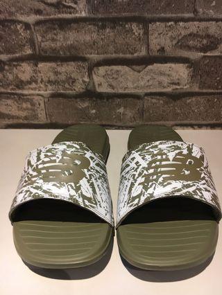 New balance 拖鞋