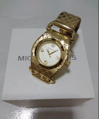 Michael Kors Leather Strap Phyton (in Gold Color) MK2147 (Authentic)