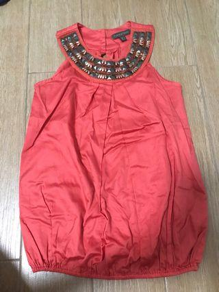 Plain and prints sleeveless red top