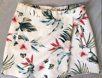 全新Hollister floral skort 碎花裙褲