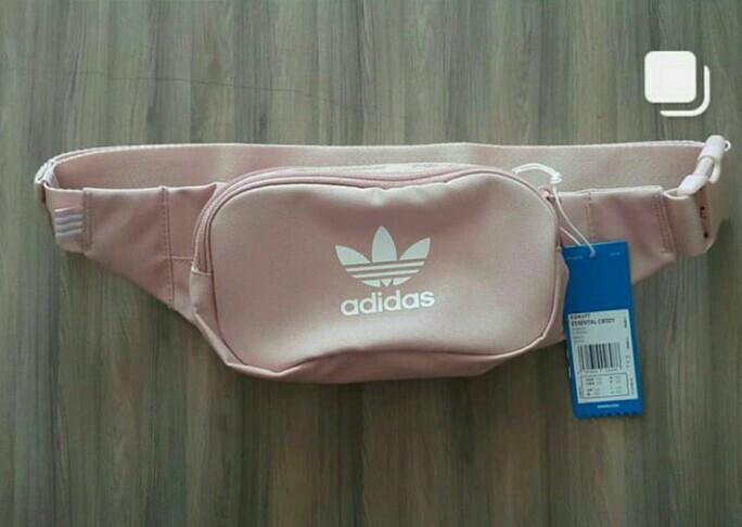 Estéril limpiador Fugaz  Adidas waistbag cb art: ED9377 pink, Fesyen Wanita, Tas & Dompet di  Carousell