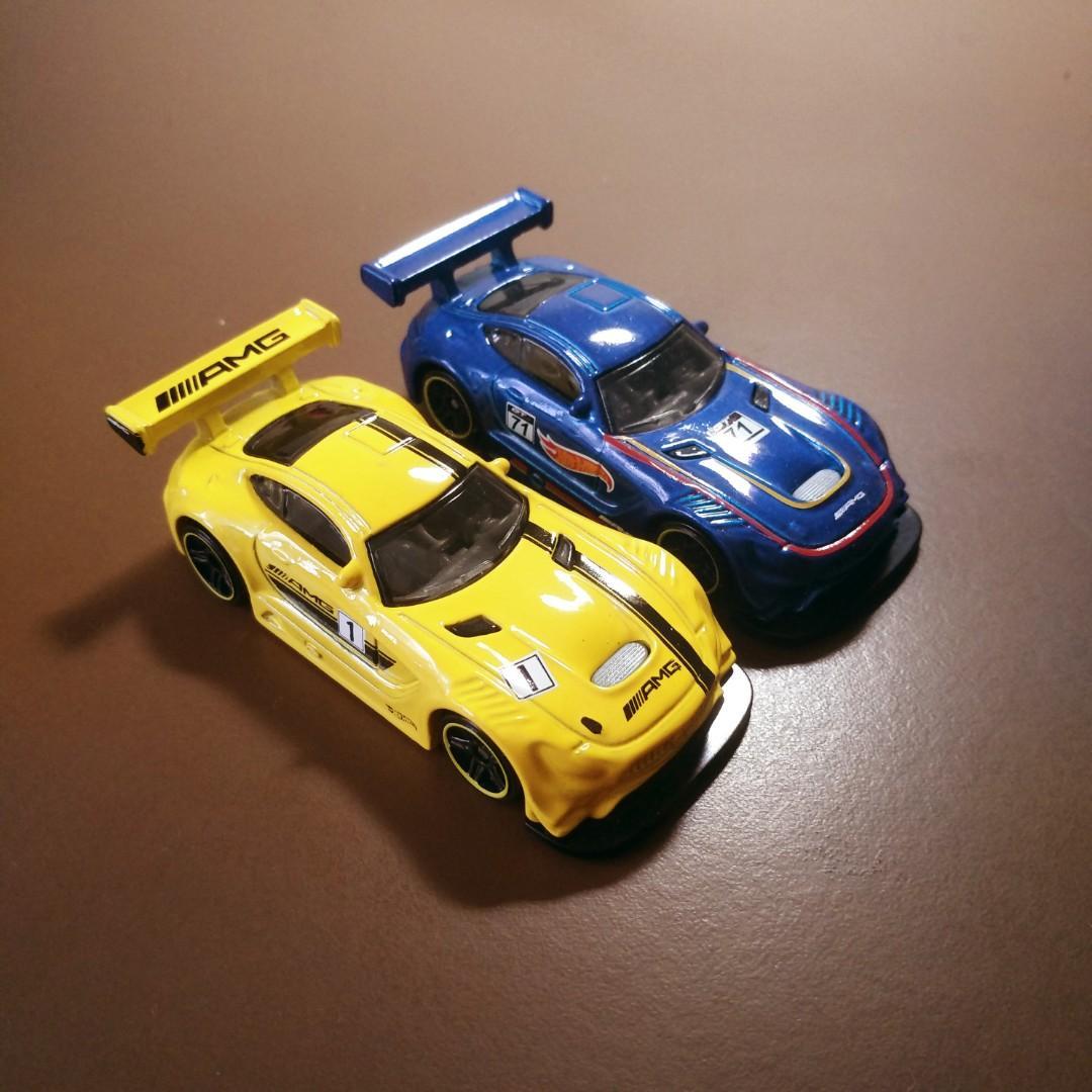 Hot Wheels 16' Mercedes-AMG GT3 Pair