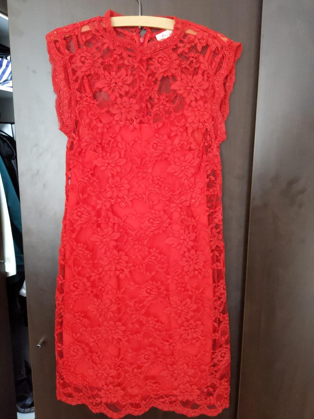 Review Tailored red lace dress size12