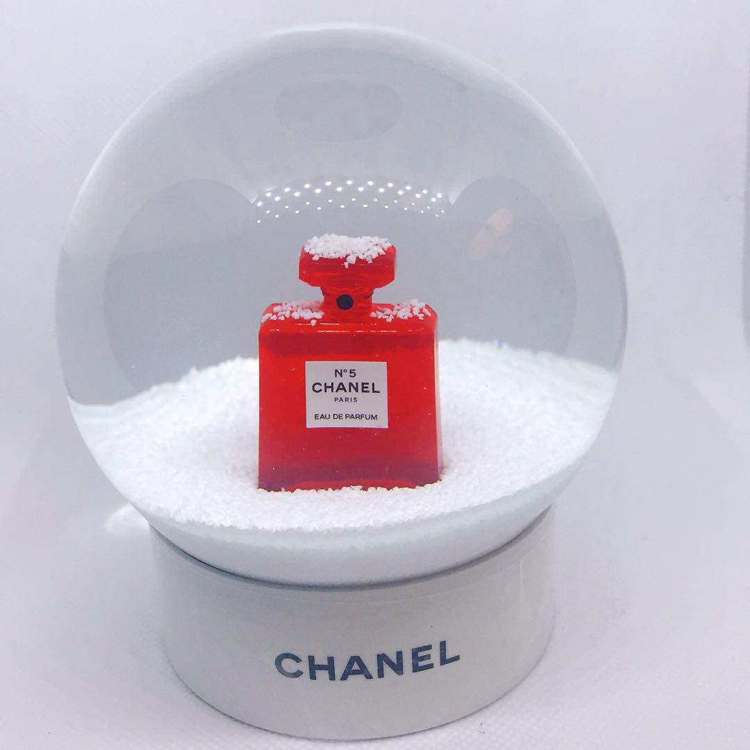 Ultra rare Chanel limited edition red perfume bottle snow globe