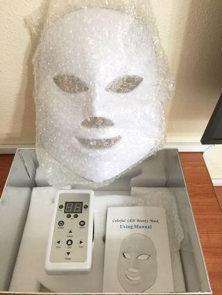 🚚 Brand new in box Colourful 7-colour LED Beauty Mask with remote control (25cm)