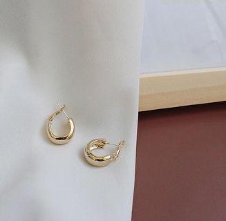 (E1008042) 歐美風 百搭 簡約 潮型 耳環 Earrings