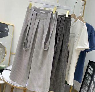 (C1008071) 最新韓款 直桶 條紋 吊帶 七分闊腳褲 吊帶(可折除)