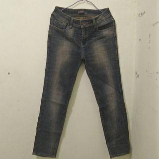 Celana jeans bodytalk