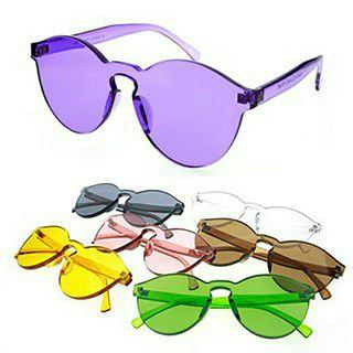 Clear sunglasses style