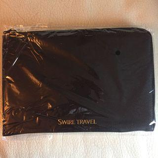 Travelling bag for passport and boarding pass