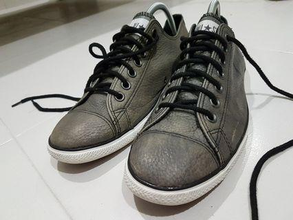 Converse All Star leather 9.5uk