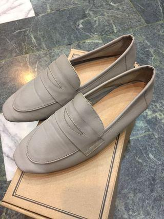 🚚 D+AF軟皮皮鞋