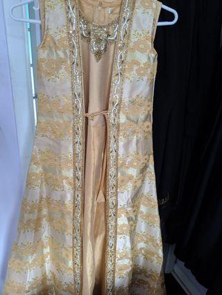 Party / wedding occasion dresses
