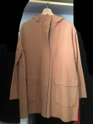 COS橘子色oversize外套