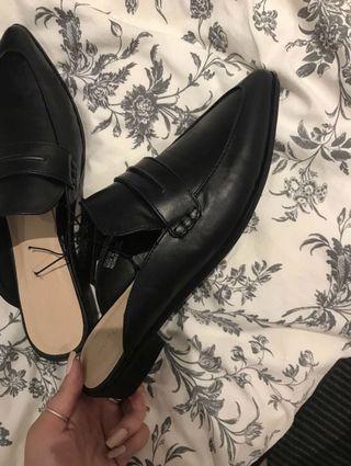 Black spring summer mules sandals