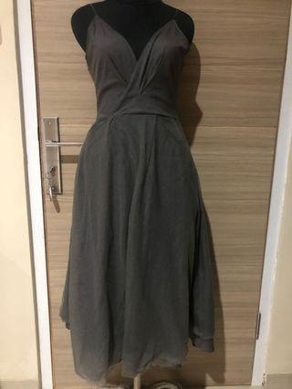 Grey tile prom midi dress