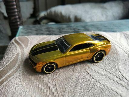 Hotwheels Modern Classic Chevy Camaro Concept Gold Loose