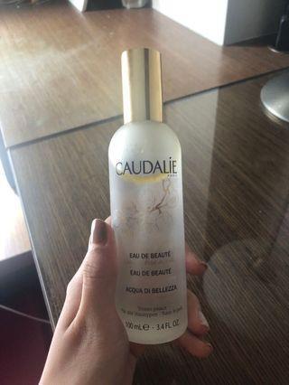 🚚 Caudalie Beauty Elixir