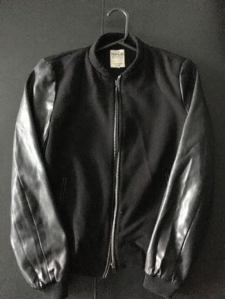 Black side leather puffer jacket