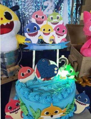 Customized baby shark paper cake topper