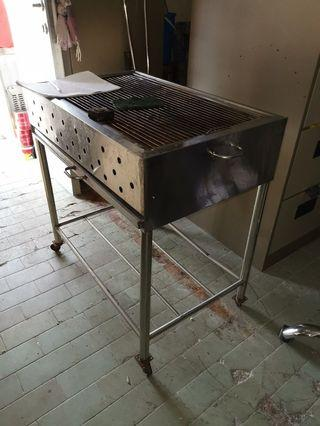 🚚 BBQ pit or grill pit