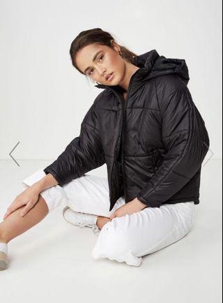 Women's black puffer jacket S XS