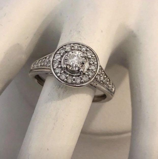 10k white gold Halo diamond engagement ring *Compare at $1,700+