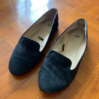Size 36 H&M 37都著到 black BLK flat shoes 平底鞋shoe office ladies lady OL interview work job school 見工 番學 返學 番工 返工 鞋 黑鞋 黑 鞋 intern training 空姐 地勤