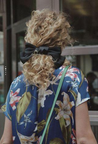 Zara bow hair clip