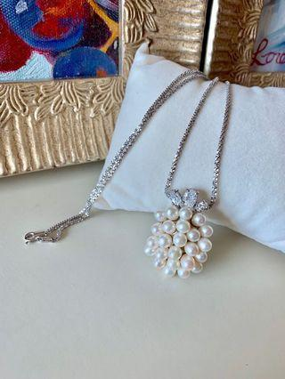Genuine fresh water pearl pendant and 925 sterling silver chain