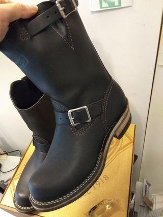 Wesco Boots size 7 1/2 E(近全新)