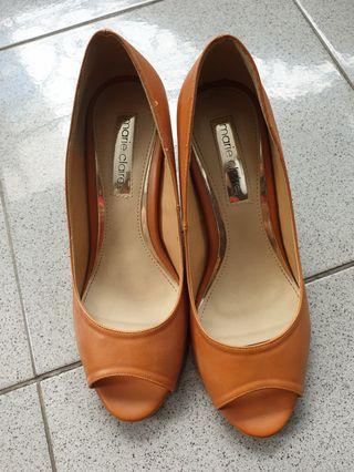 Marie Claire Brown shoes