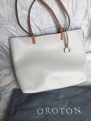 Oroton Estate Medium Tote Australia tote bag preloved