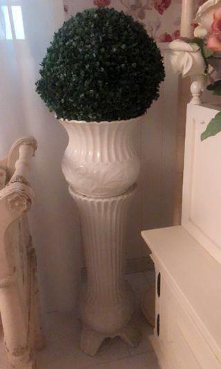 White Ceramic Plant Stand