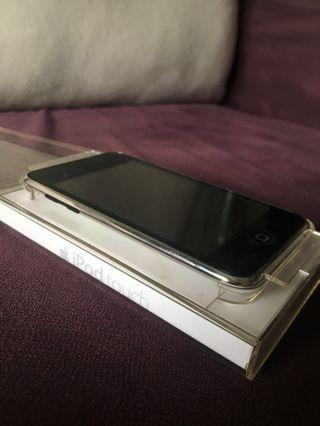 Used iPod touch (2nd generation)