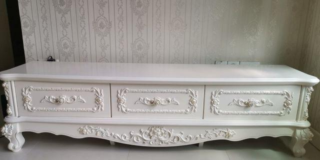 Cheap Good Quality Victorian Tv Console