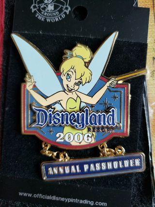 Tinker bell peter pan disney pin 迪士尼徽章