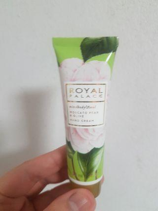 🚚 Mind body and soul hand cream