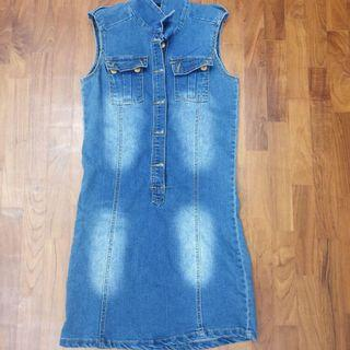 [Preloved] Sleeveless Simple Demin Dress in S