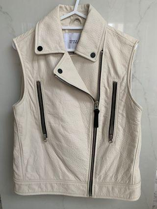🚚 Leather Motorcycle Vest