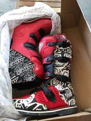 Sepatu Cross AHRS F1