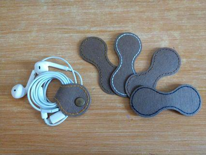 水洗牛皮紙 手作 金屬扣集線器 耳機集線器 好攜帶 收納 仿皮革質感耐用 手工縫線 滿額免運