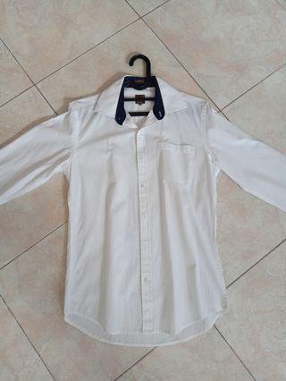 Kemeja Putih Lengan Panjang Wood Slim Fit 15