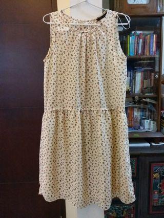 Zara flowery cute dress