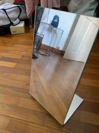 🚚 Ikea Mirror table Tysnes